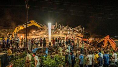 تصویر از ریزش ساختمان 5 طبقه در هند